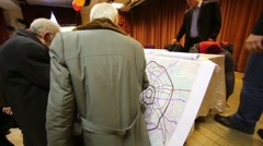 People are discussing the fourth Ring Road at Bogorodskoe Stock Footage