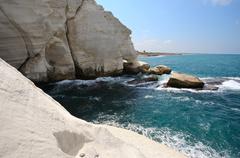 The white chalk cliffs of Rosh ha-Hanikra Stock Photos