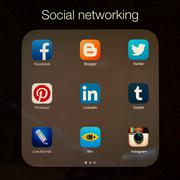 Social networking applications on Apple iPad display Stock Photos