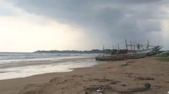 WELIGAMA, SRI LANKA - MARCH 2014: The view of a beach in Weligama. Stock Footage