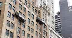 4K Manhattan Window Washers at Work Stock Footage