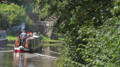 Narrow Boat Sailing on  Shropshire Union Canal Bridge 27 Stock Footage