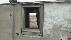Old rez house with camera push Stock Footage