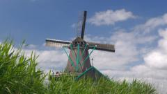Windmill at the Dutch Unesco site Zaanse Schans Stock Footage