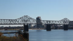 Louisville KY Broll skyline pan Stock Footage