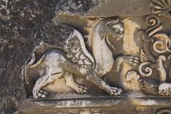 Griffin sculptures, winged mythical creature Stock Photos