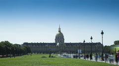 Time lapse of people walking to and from Hotel des Invalides, Paris Stock Footage