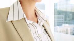 Pretty businesswoman using smart glasses Stock Footage