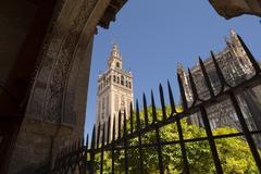 La giralda tower in seville Stock Photos