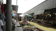 Short impression from the Damnoen Saduak floating market Stock Footage