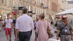 Graben street with people, Vienna's historical buildings, static Stock Footage