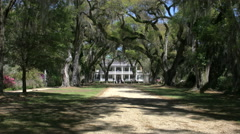 Louisiana Rosedown Plantation House zoom in 4k Stock Footage