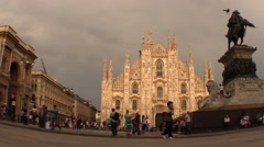Milan, Dome Square. Cars and pedestrians Stock Footage