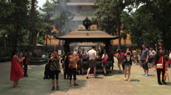 Lingyin Temple time lapse 2 30 zoom in Stock Footage