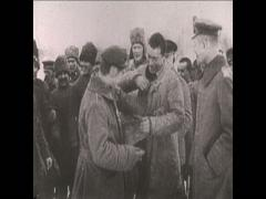 WW1 German and Russian soldiers at the 14 days of peace Stock Footage