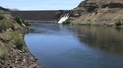 Oregon Brownlee Dam at Farewell Bend s Stock Footage