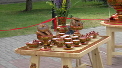 Open Fair Folk. wooden crafts, a samovar. Stock Footage