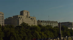 Shell building and Cleopatra's Needle on London embankment. Closer shot. 4K Stock Footage