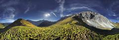 360° mountain panorama with hikers in the wettersteingebirge range, mt. sued Stock Photos