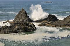 breaking waves and spray, ona beach, south of newport, pacific coast, oregon, - stock photo
