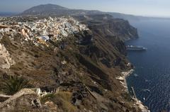 Cruise liner at anchor, thira, santorini, cyclades, aegean sea, greece Stock Photos