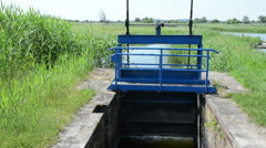 Small Weir on a river. (Brandenburg, Germany) Stock Footage