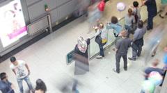 Viivästys saapumisesta § lentokentällä Arkistovideo