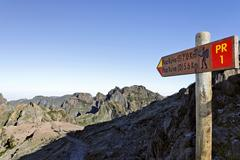 guidepost at the pico do arieiro (1818m), madeira, portugal - stock photo