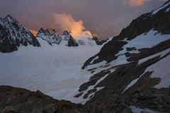 barre des ecrins 4.102 m, glacier blanc, provence-alpes-cote de azur, hautes- - stock photo