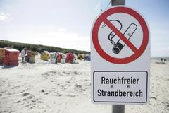 Smoke-free beach, sign, langeoog island, east frisian islands, north sea, ger Stock Photos