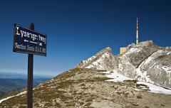 Lisengrat ridge overlooking mt. saentis with his 123.55-m-high antenna, alpst Stock Photos