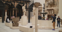 V&A, taking a photograph Roman statue 4K Stock Footage