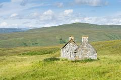 Abandoned and dilapidated cottage from the time of the highland clearances, a Stock Photos