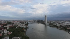 Time lapse chaophraya river zoom in Pinklao bridge Stock Footage
