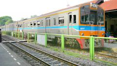 Dong mueang, thailand - 22 nov 2014: arrival of a passenger train at the stat Stock Footage