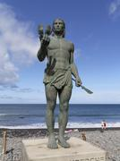 bronze statue, monument to the guanche warrior, hautacuperche, la gomera, val - stock photo
