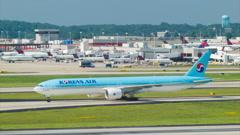 Korean Air Boeing 777 Taxiing at Atlanta Airport Stock Footage