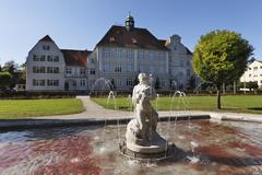 Stock Photo of primary school, georg-wrede-platz square, freilassing, rupertiwinkel, upper b