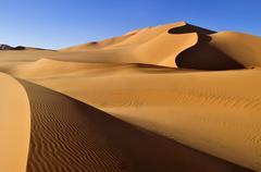 Sand dunes at erg mehedjibat, immidir, algeria, sahara, north africa Stock Photos