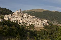 Mountain village of castel del monte, l'aquila, italy, europe Stock Photos