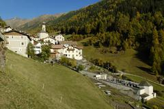 Planeil mountain village, planol, vinschgau, bolzano-bozen, alto adige, italy Stock Photos