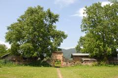 Overgrown old french fort kai falang, boun tai, phongsali province, laos, sou Kuvituskuvat