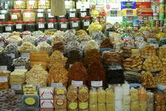 Tropical diversity at markt stall, viet nam Kuvituskuvat