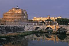 Angel\'s castle, angel\'s bridge, law courts (back), rome, latium, italy Stock Photos