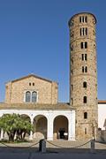 Round stone church bell tower and church, basilica san apollinare nuova, rave Stock Photos
