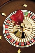 Heart on a roulette wheel: gambling away your love Kuvituskuvat