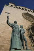 Fray junípero serra statue main entrance of sant francesc gothic church - pa Stock Photos