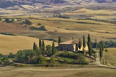 Stock Photo of cottage belvedere, val d\'orcia, tuscany, italy