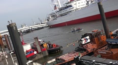 4k Towboats pan in the Hamburg harbour docks Stock Footage