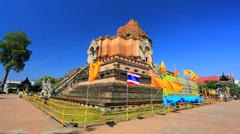 Tourists visit Wat Chedi Luang temple Stock Footage